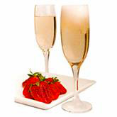 Drinks: Strawberries & Champagne